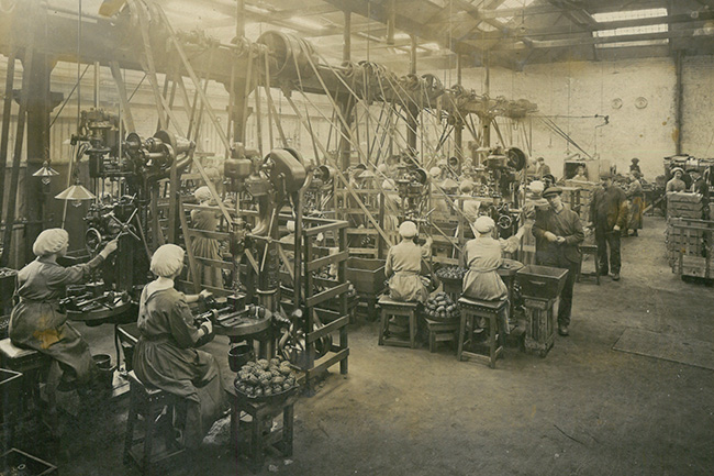 Women-in-factory.jpg